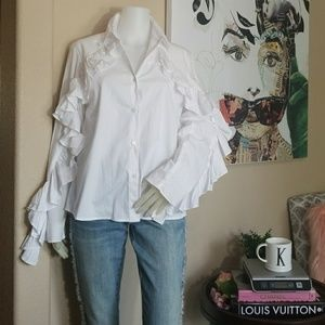 NWT DREW CHIC RUFFLED LONG SLEEVES BUTTON DOWN TOP